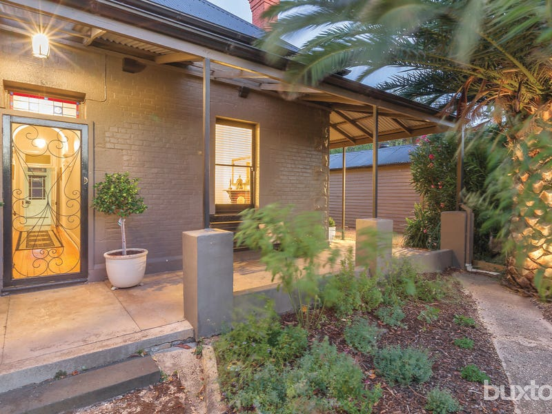 220 High Street, Avoca, Vic 3467