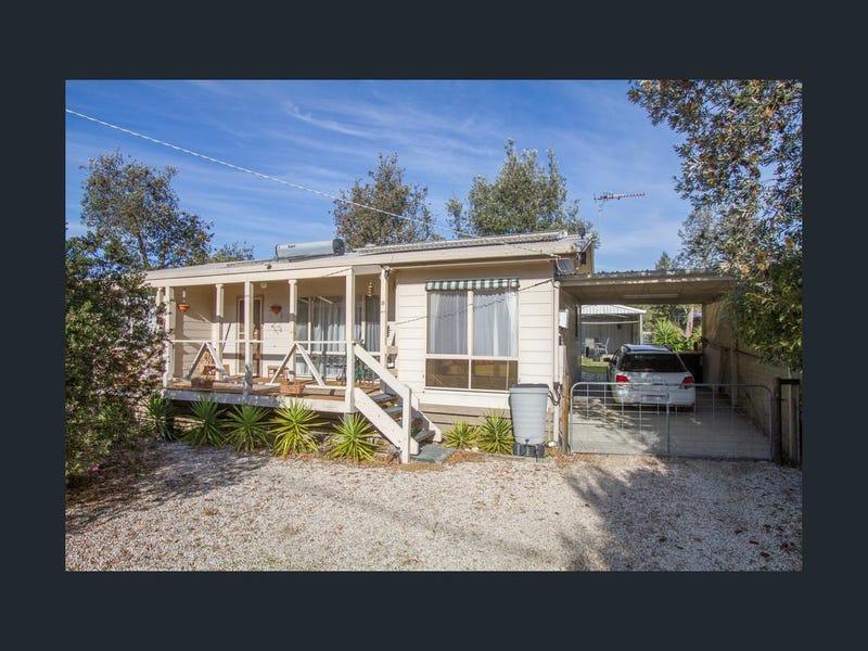 18 Eighteenth Street, Paradise Beach, Vic 3851