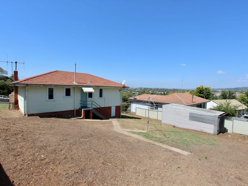 5 Cummings Street, West Bathurst, NSW 2795