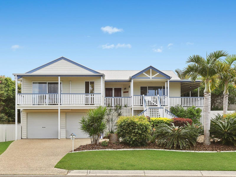 43 Wavecrest Drive, Castaways Beach, Qld 4567