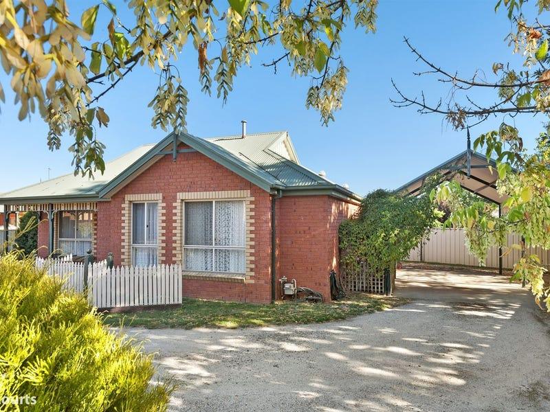 3/4 Castle Court, Ballarat East, Vic 3350