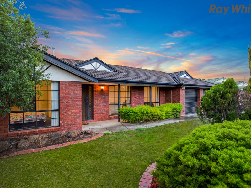 12 Cunningham Court, Taylors Lakes, Vic 3038