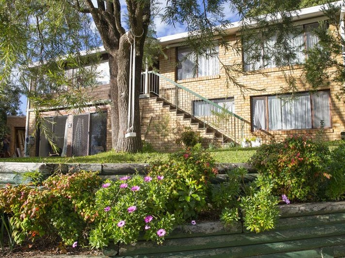 2 Dunstan Place, Engadine, NSW 2233