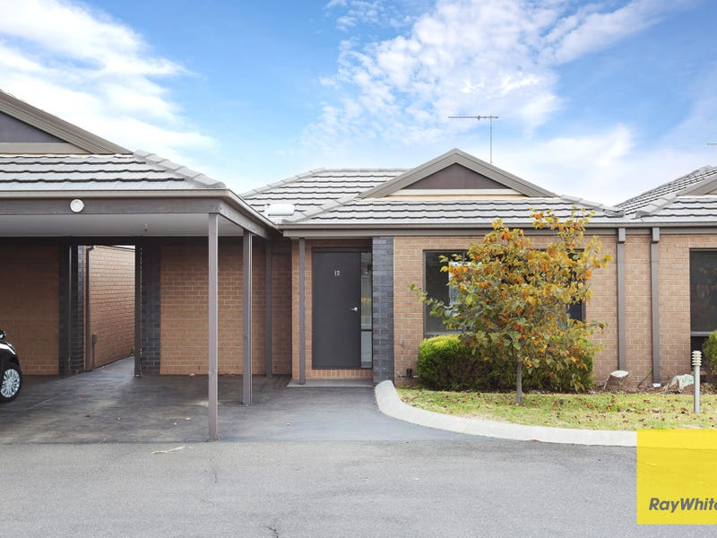 12/3 Campaspe Way, Point Cook