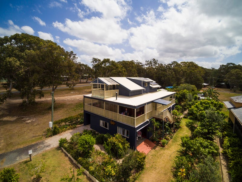 26 WILMA CRESCENT, Russell Island, Qld 4184