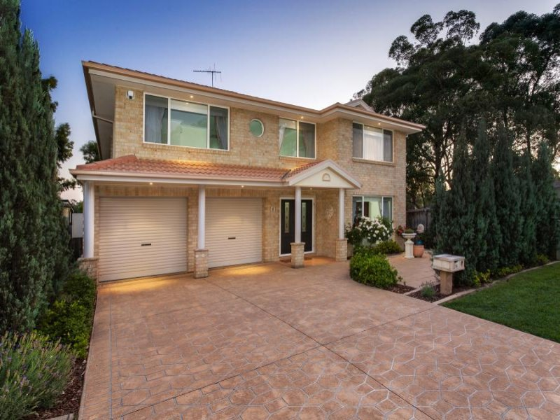 15 Greyfriar Place, Kellyville, NSW 2155