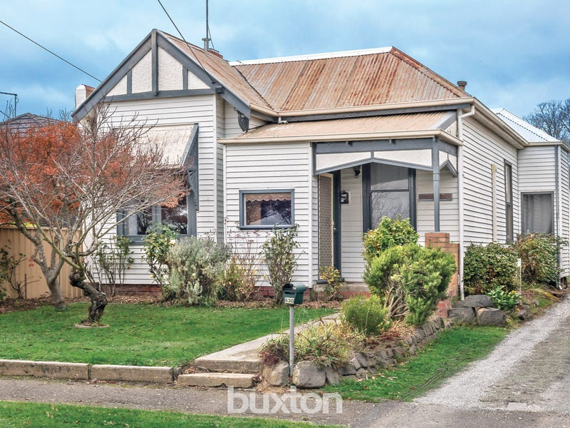 630 Doveton Street North, Soldiers Hill, Vic 3350