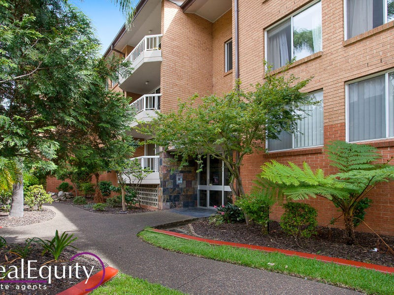 18/2 Mead Drive, Chipping Norton