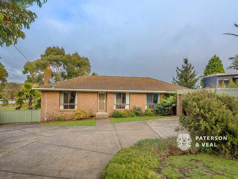 7 Talgarno Court, Mount Pleasant, Vic 3350