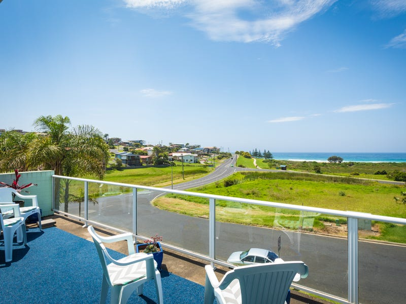 4/3 WARBLER CRESCENT, North Narooma, NSW 2546