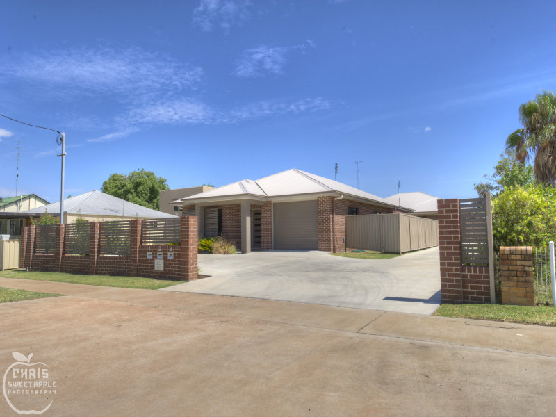 Unit 1 Amp 2 59 Marian St Miles Qld 4415 Unit For Sale
