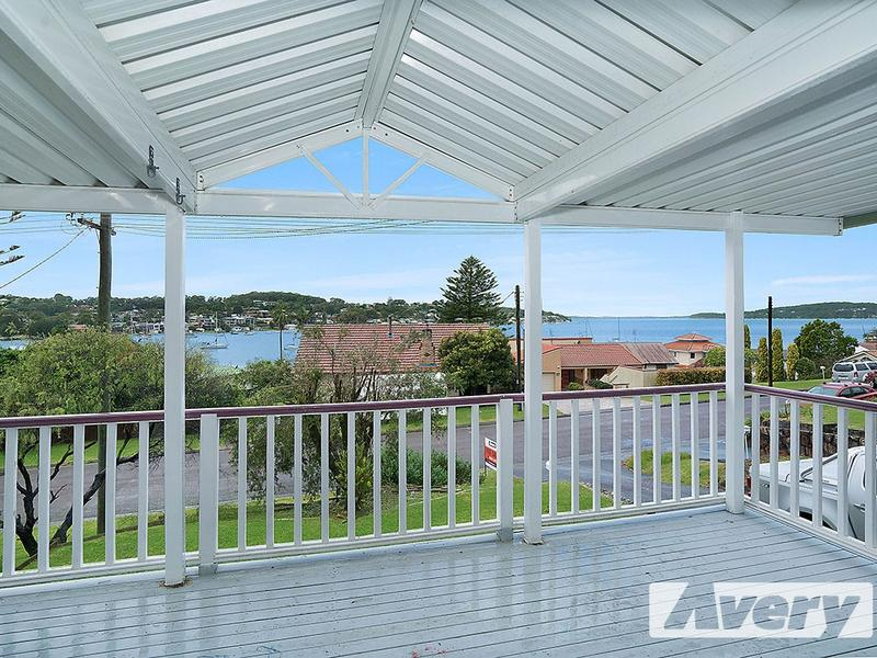 8 Ilford Avenue, Buttaba, NSW 2283
