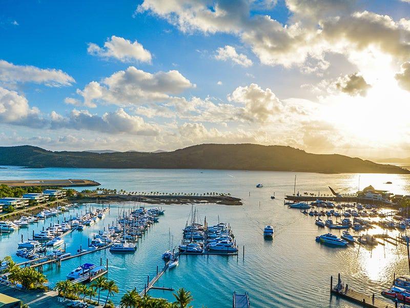 13/1 Marina Drive, Yacht Harbour Towers, Hamilton Island