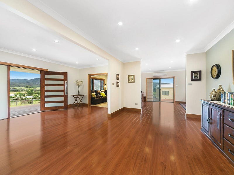10 Sixth Avenue, Millfield, NSW 2325