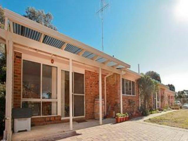 70 Tempe Crescent, Queanbeyan, NSW 2620