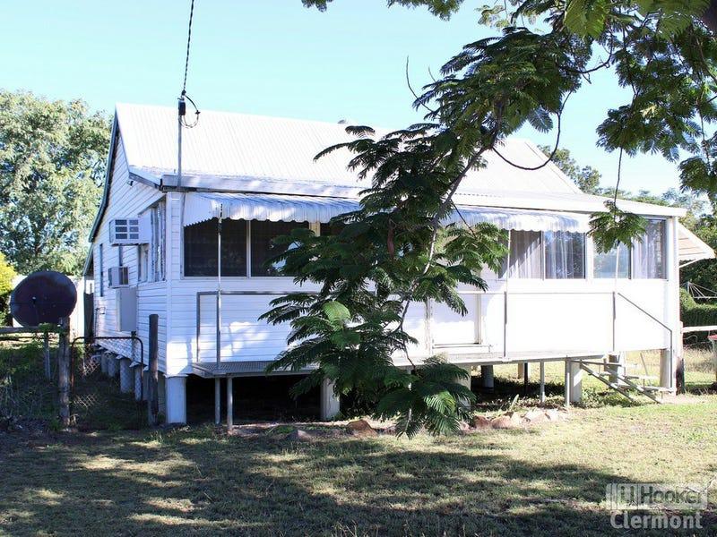 19 Kitchener Street, Clermont, Qld 4721