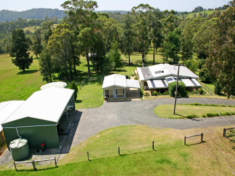 15 Fishermans Paradise Road, Conjola, NSW 2539