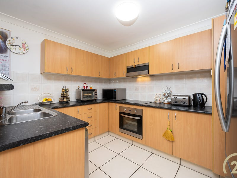 2/102-104 Station Street, Fairfield Heights, NSW 2165