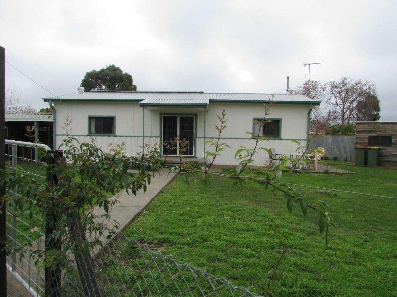 2 Railway Street, Walla Walla, NSW 2659
