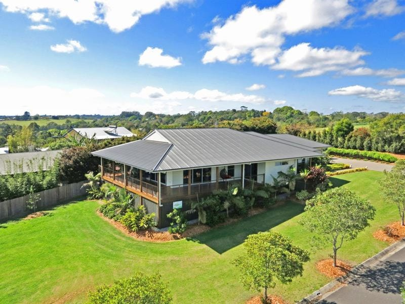25 Laurel Street, Maleny, Qld 4552