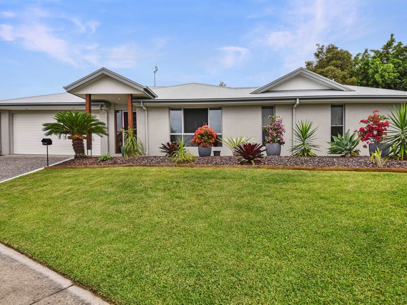 24 Kurrimine Cres, Mountain Creek, Qld 4557