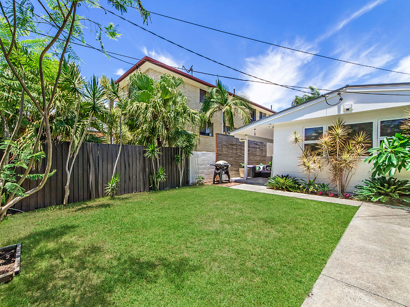 46 Sunbrite Avenue, Mermaid Beach, Qld 4218