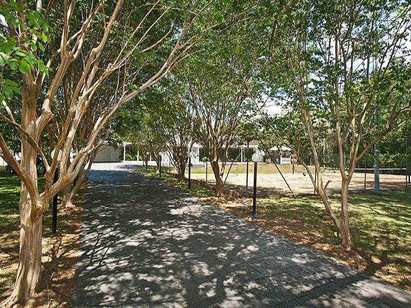 466 Jesmond Road, Fig Tree Pocket, Qld 4069