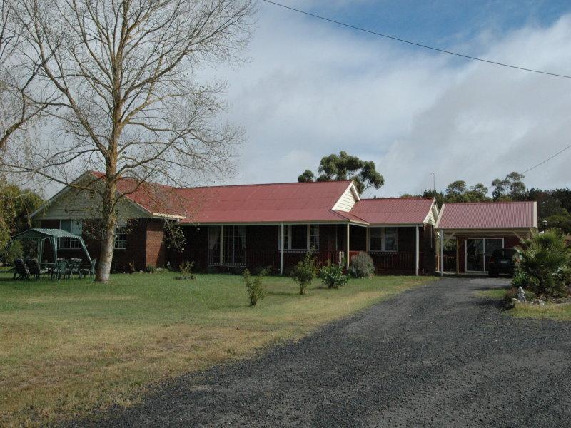 703 Ercildoune Road, Burrumbeet, Vic 3352
