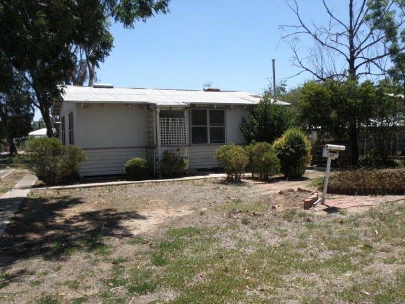 40 COBWELL Street, Barham, NSW 2732