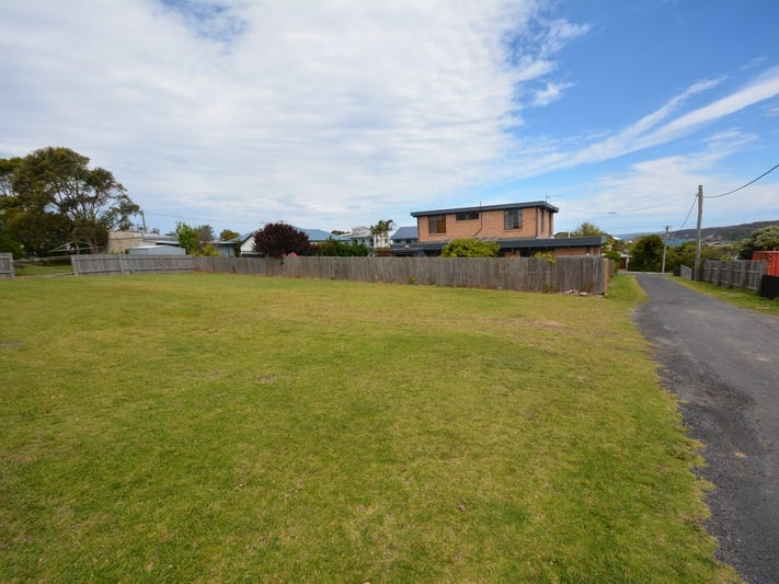 4 Barragoot Lane, Bermagui, NSW 2546