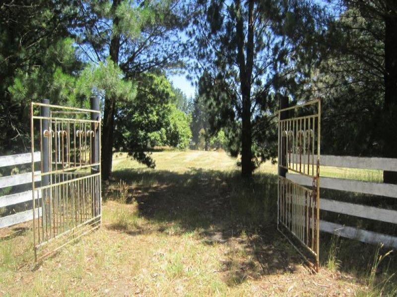 40 Peukers Lane, Lyonville, Vic 3461