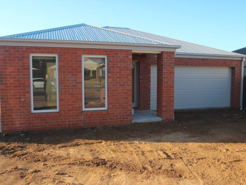 10 Forest View Drive, Maryborough, Vic 3465