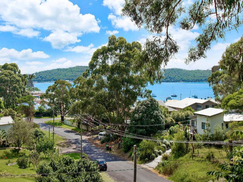27 High View Road, Pretty Beach, NSW 2257