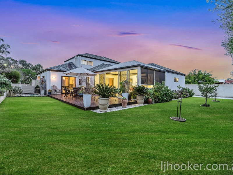 92 Sandown Circle, Henley Brook, WA 6055