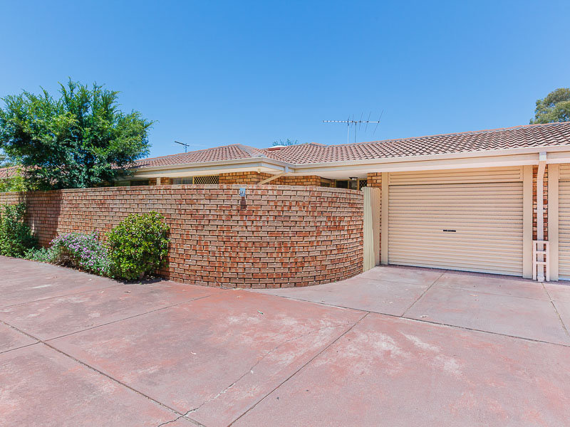 7/13 Golf Road, Parkwood, WA 6147