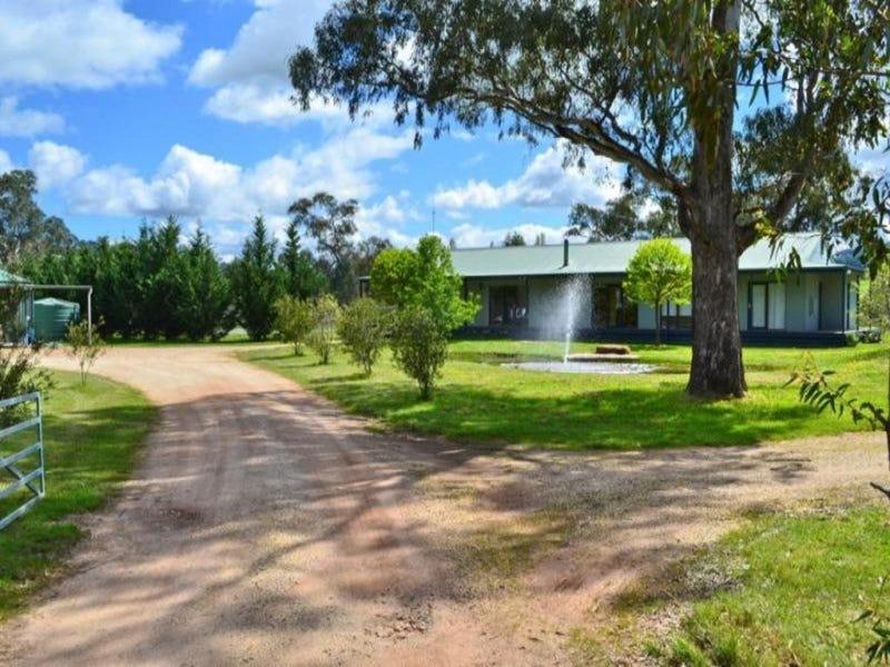 130 Walshs Road, Goughs Bay, Vic 3723