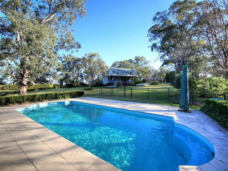 40 Daley Cl, The Oaks, NSW 2570