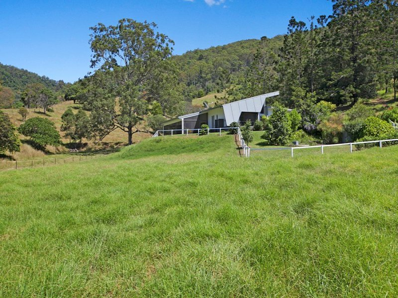 10 Kirk Road, Cedar Creek, Qld 4520