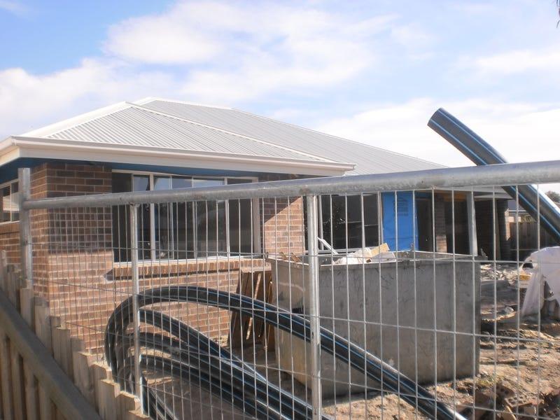 92B Diggers Drive, Tanilba Bay, NSW 2319