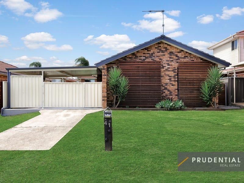 41 St Helens Park Drive, St Helens Park, NSW 2560