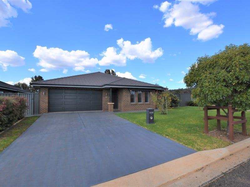 52 KURRAJONG ROAD, Gunnedah, NSW 2380