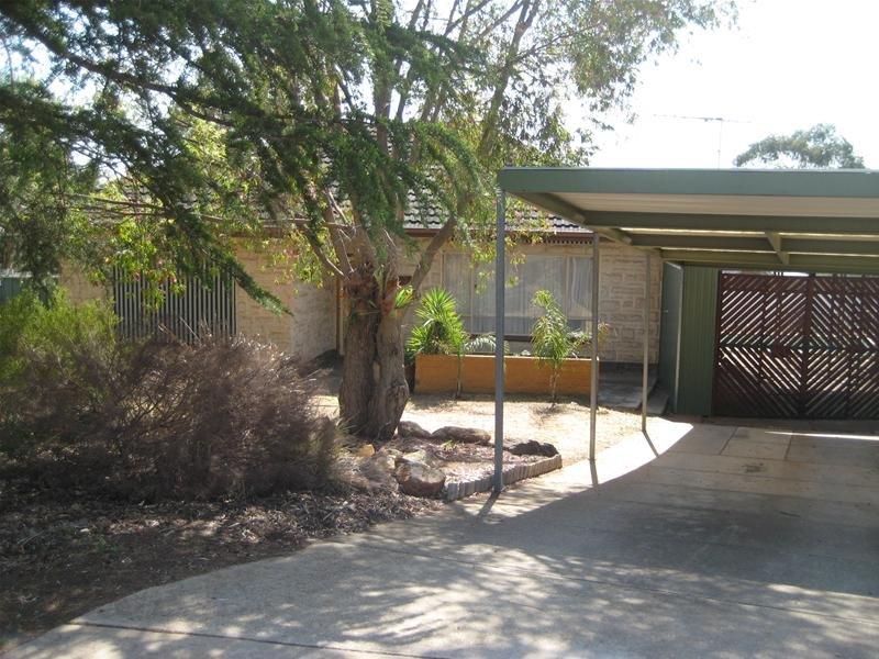 10 Goodwin Court, Para Hills, SA 5096