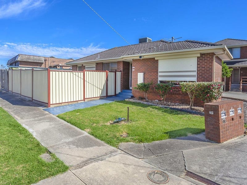 1/15 Baker Court, Meadow Heights, Vic 3048