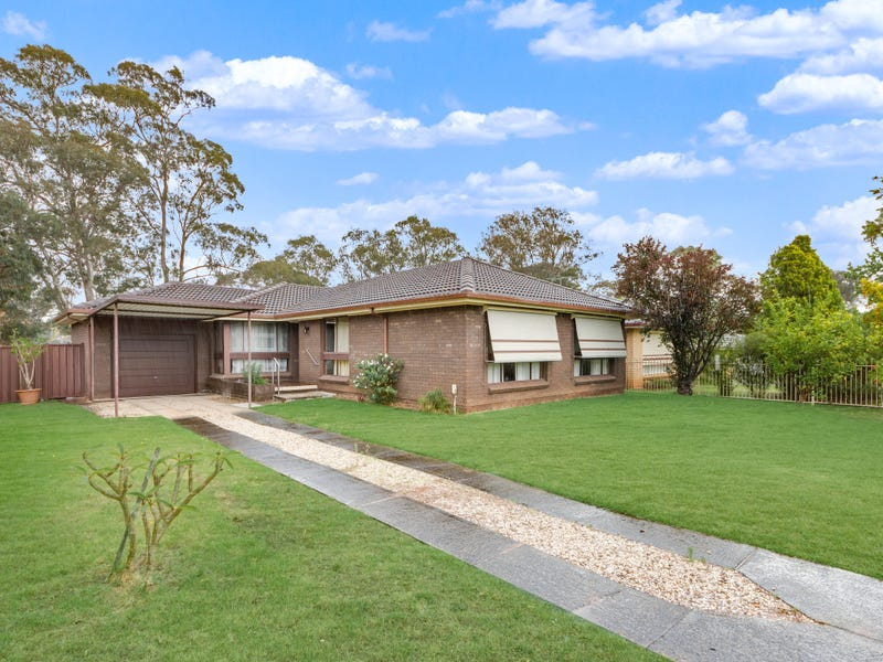 56 Lorikeet Avenue, Ingleburn, NSW 2565