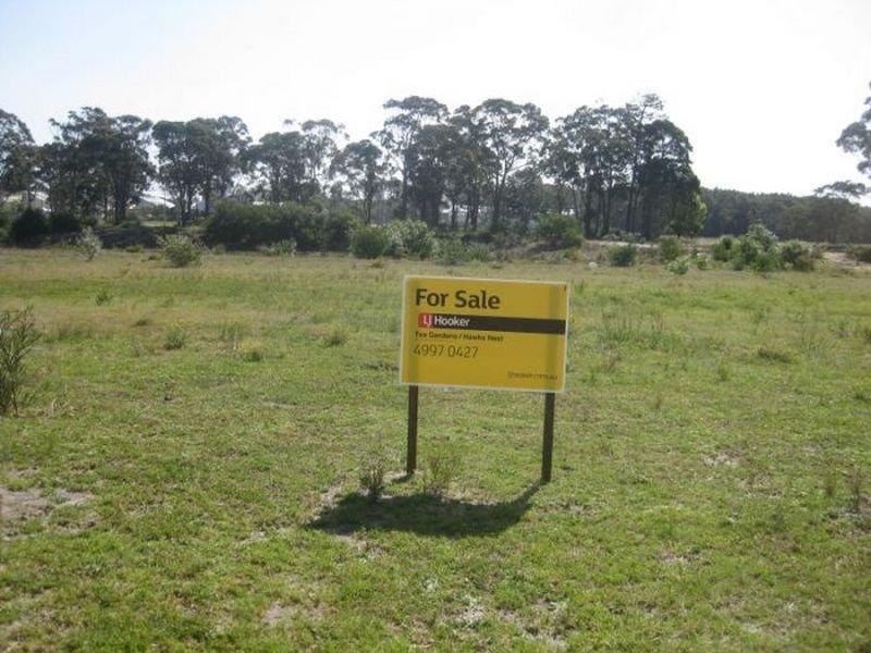 25 Leeward Circuit, Tea Gardens, NSW 2324