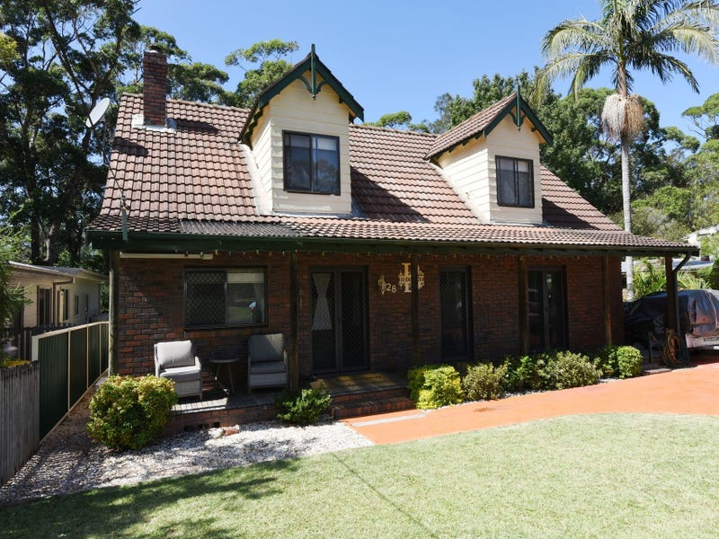 28 Waterhaven Avenue, Berrara, NSW 2540
