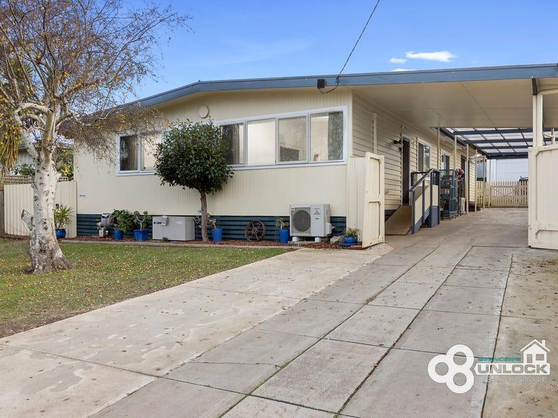 22 Blackmore Avenue, Leongatha, Vic 3953