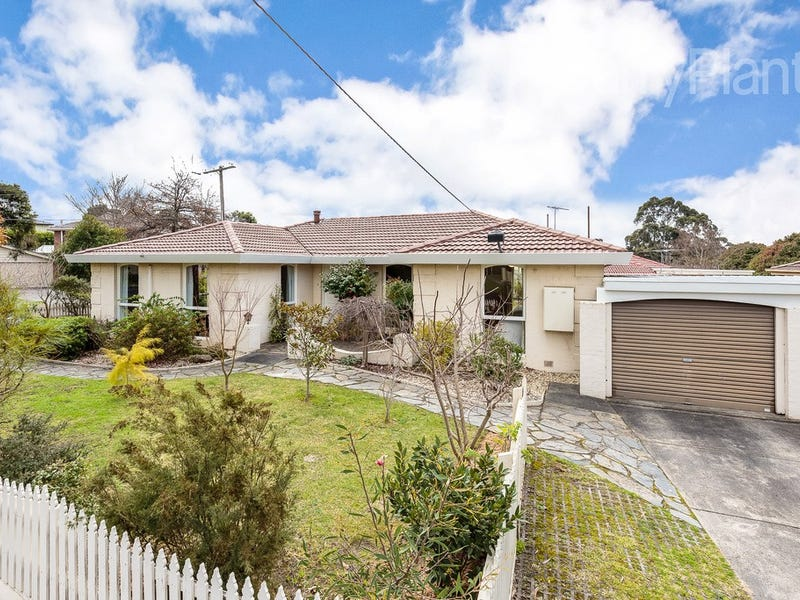 9 Finton Close, Glen Waverley, Vic 3150
