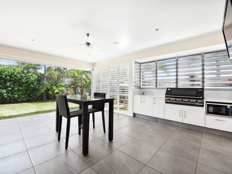 9 Swift Place, Peregian Springs, Qld 4573