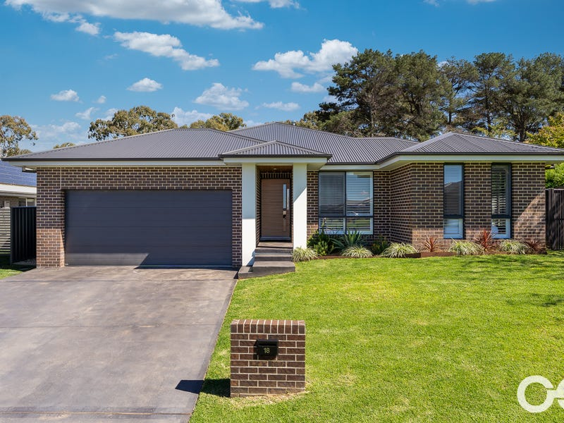 18 Stevenson Way, Orange, NSW 2800